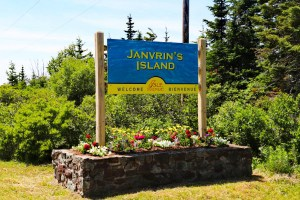 Janvrins Island, Home of Vipilodge